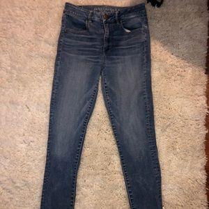 Super cute American eagle high rise skinny jeans